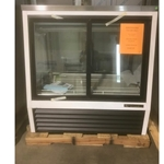 True- Display Case, Refrigerated Deli | Public Kitchen Supply
